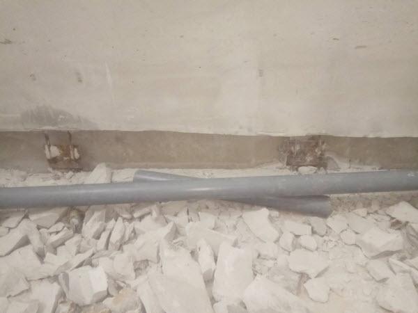 Демонтаж трубопровода канализации