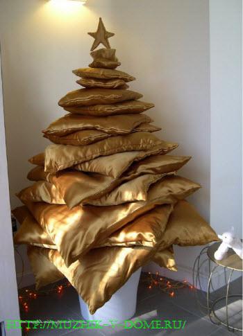 Как сделать елку своими руками из подушек