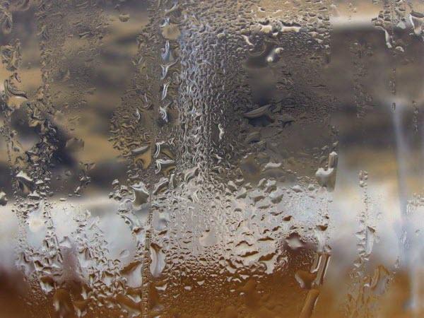 Конденсат на пластиковых окнах пвх