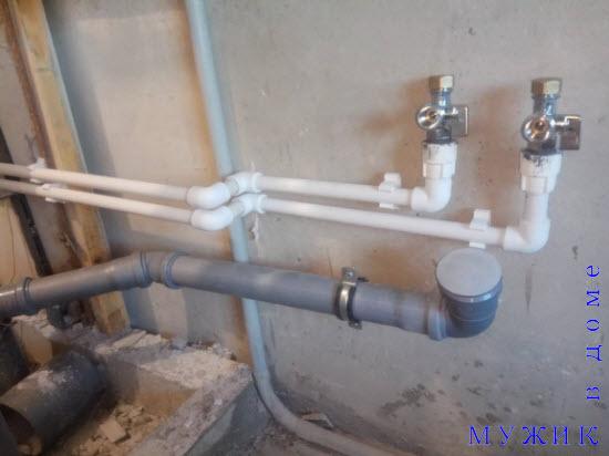 Трубопровод из пластиковых труб своими руками