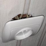 розетка в стене не держится и выпадает из стены