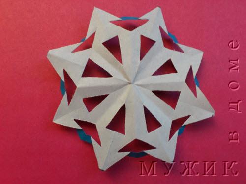Поделки с детьми новогодние снежинки из цветной бумаги своими руками