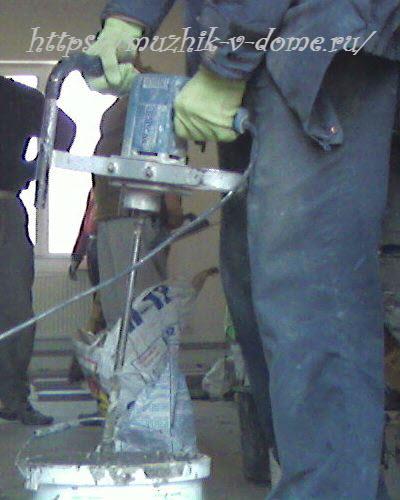 строительный миксер или дрель