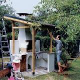 Строительство стационарного мангала из кирпича с крышей