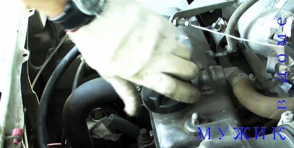 замена масла в авто фото